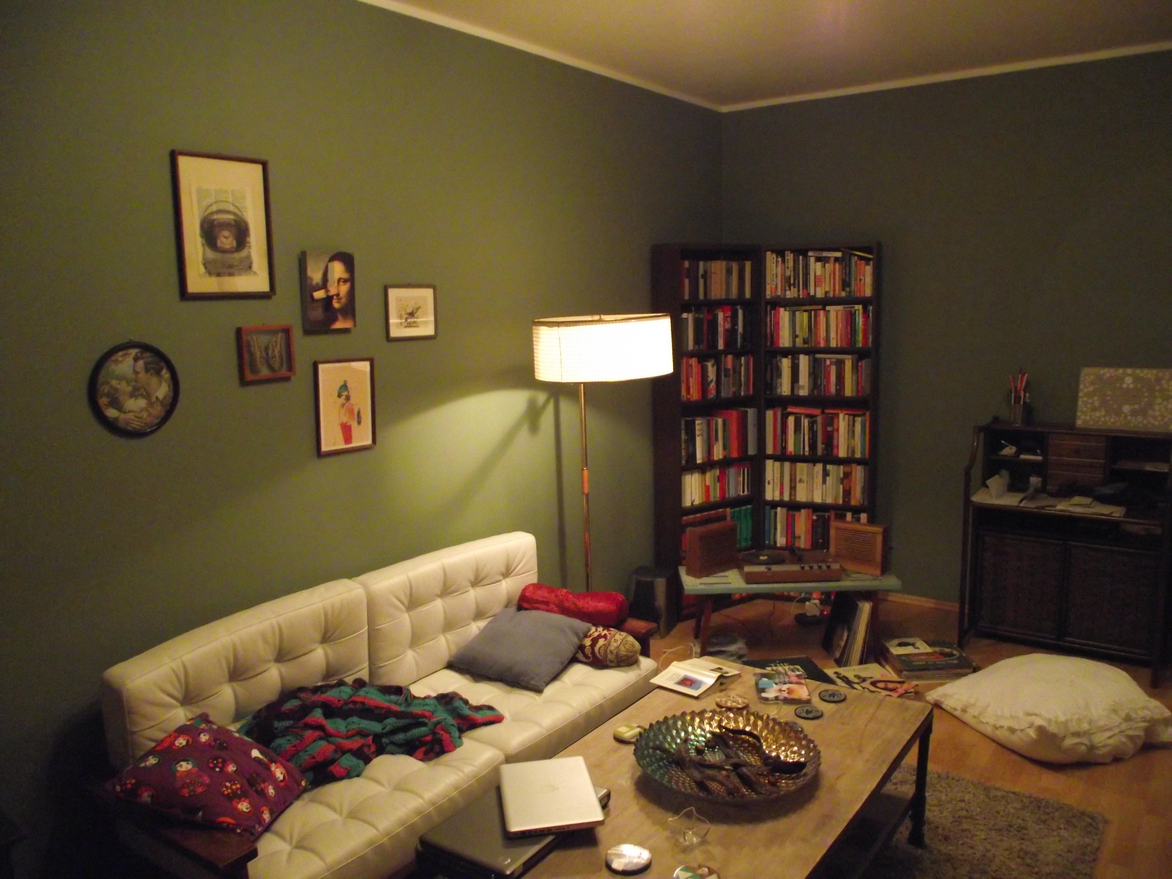Das Wohnzimmer im Retro-Look (Foto: MB) › Unterm Dach