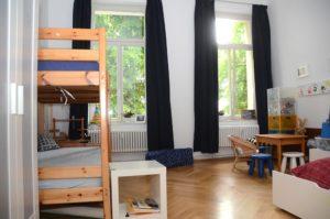 Seht, da wohnen Brigitte, Andreas und ihre Gäste