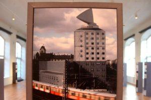 Hochhaus Kant-Dreieck, Architekt Prof. Josef P. Kleinhues, Ausführung 1992-95 (Foto: Regina Katzer)