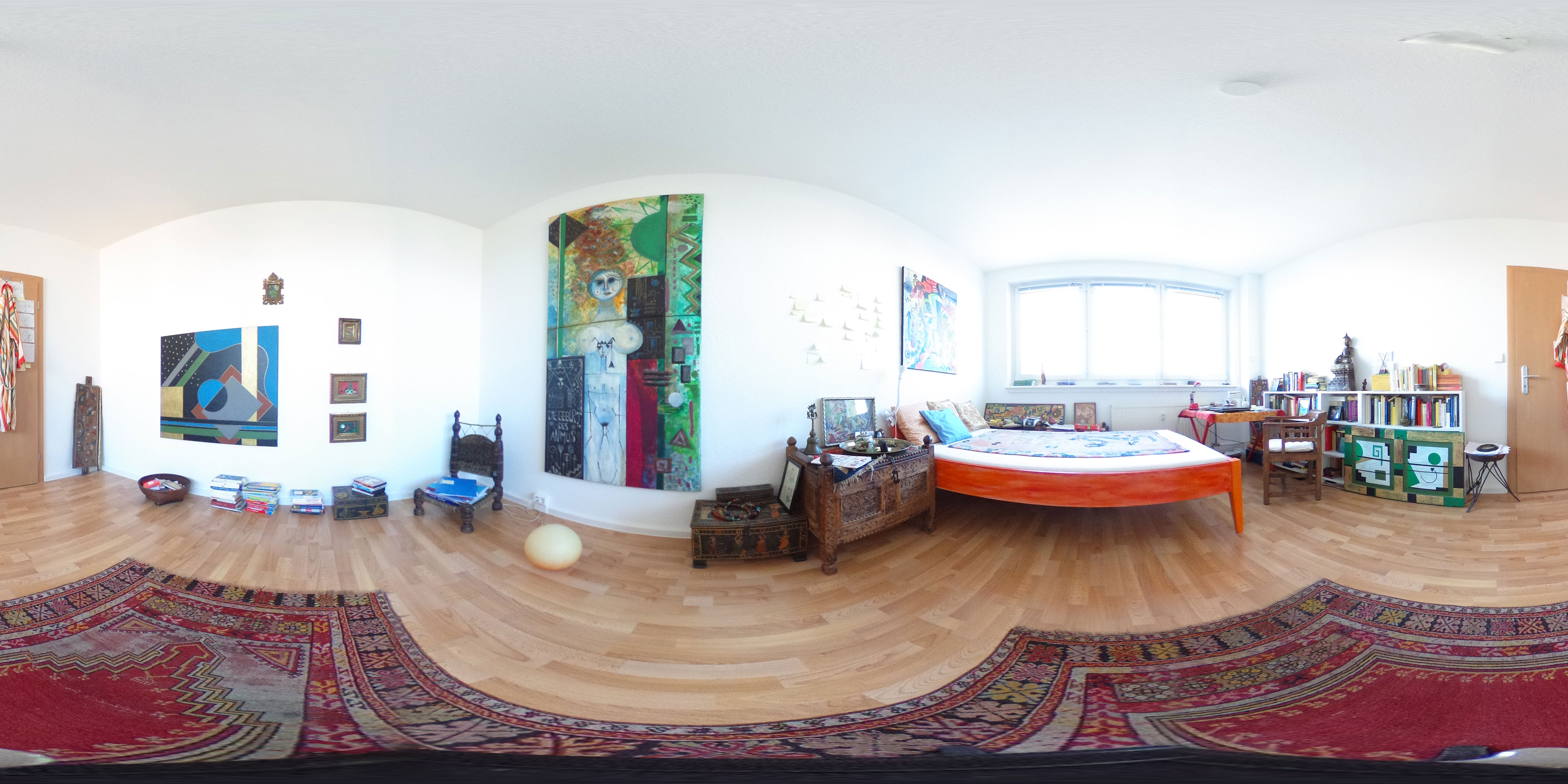 Kunst im Hochhaus › Unterm Dach