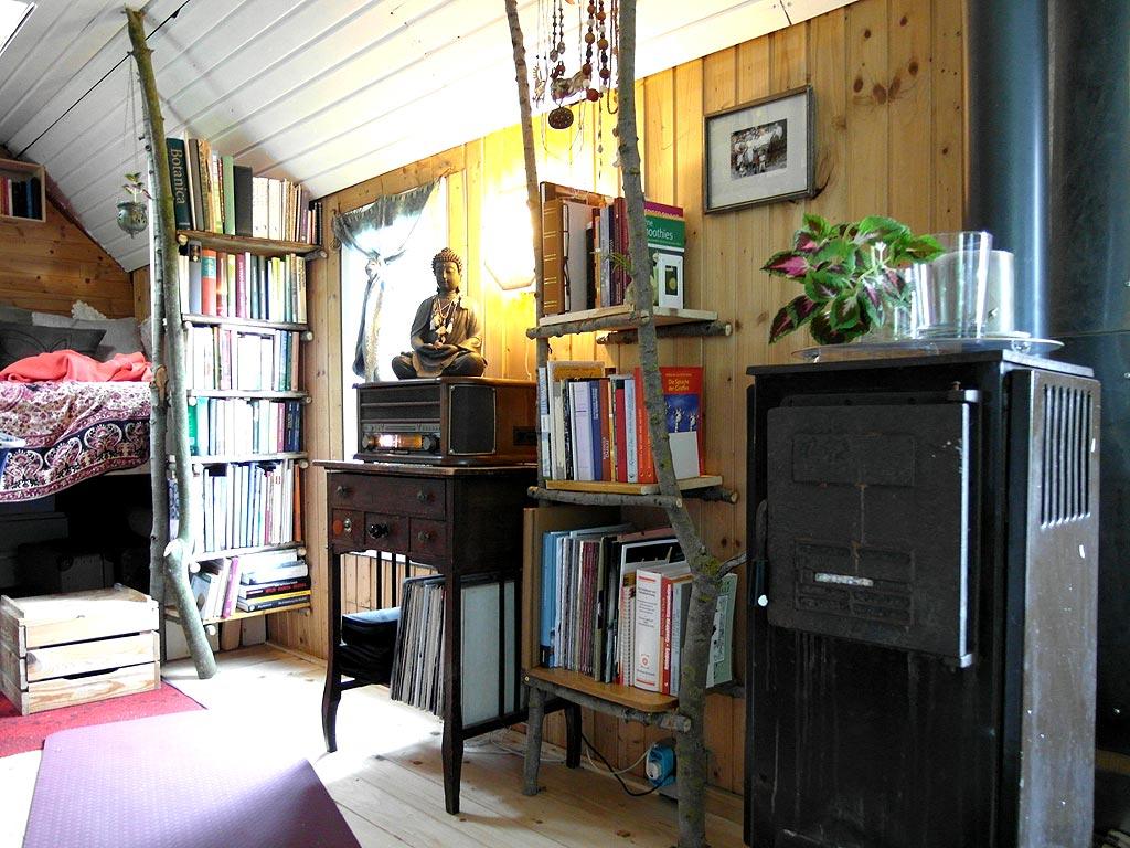 zu hause bei mutter natur unterm dach. Black Bedroom Furniture Sets. Home Design Ideas