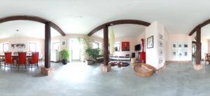Esszimmer im Erdgeschoss (Panorama: Regina Katzer)