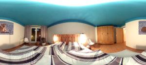 Blick ins Schlafzimmer (Foto: Regina Katzer)