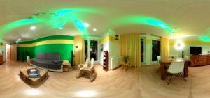 Blick ins Wohnzimmer (Foto: Regina Katzer)