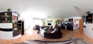 Wohnbereich in 360 Grad (Foto: Regina Katzer)