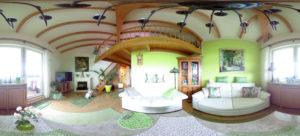 Panorama-Blick in Christinas Wohnzimmer