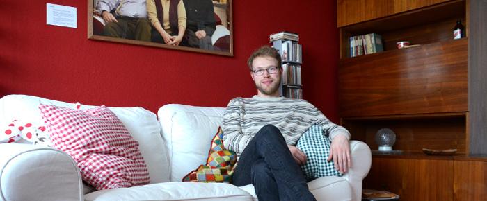 Christoph Liepach in seiner Wohnstube (Foto: Regina Katzer)