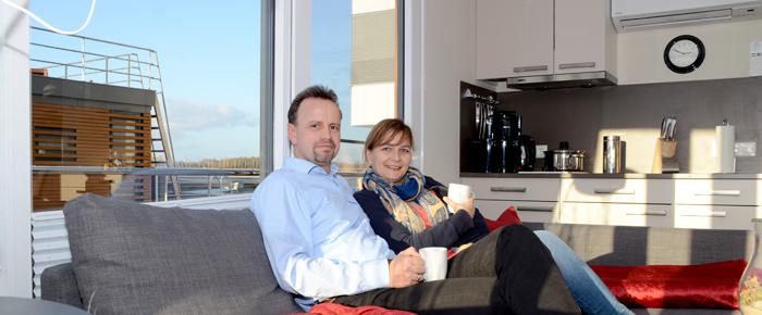 Willkommen bei Sabine und Lars auf dem Hausboot (Foto: Regina Katzer)
