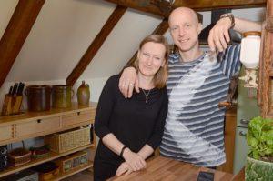 Willkommen unterm Dach bei Britta und Marco (Foto: Regina Katzer)